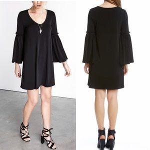 Karen Kane Bell Sleeve Black Dress New LARGE